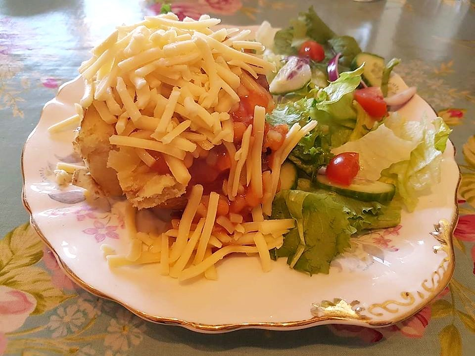Jacket potato with cheese and beans