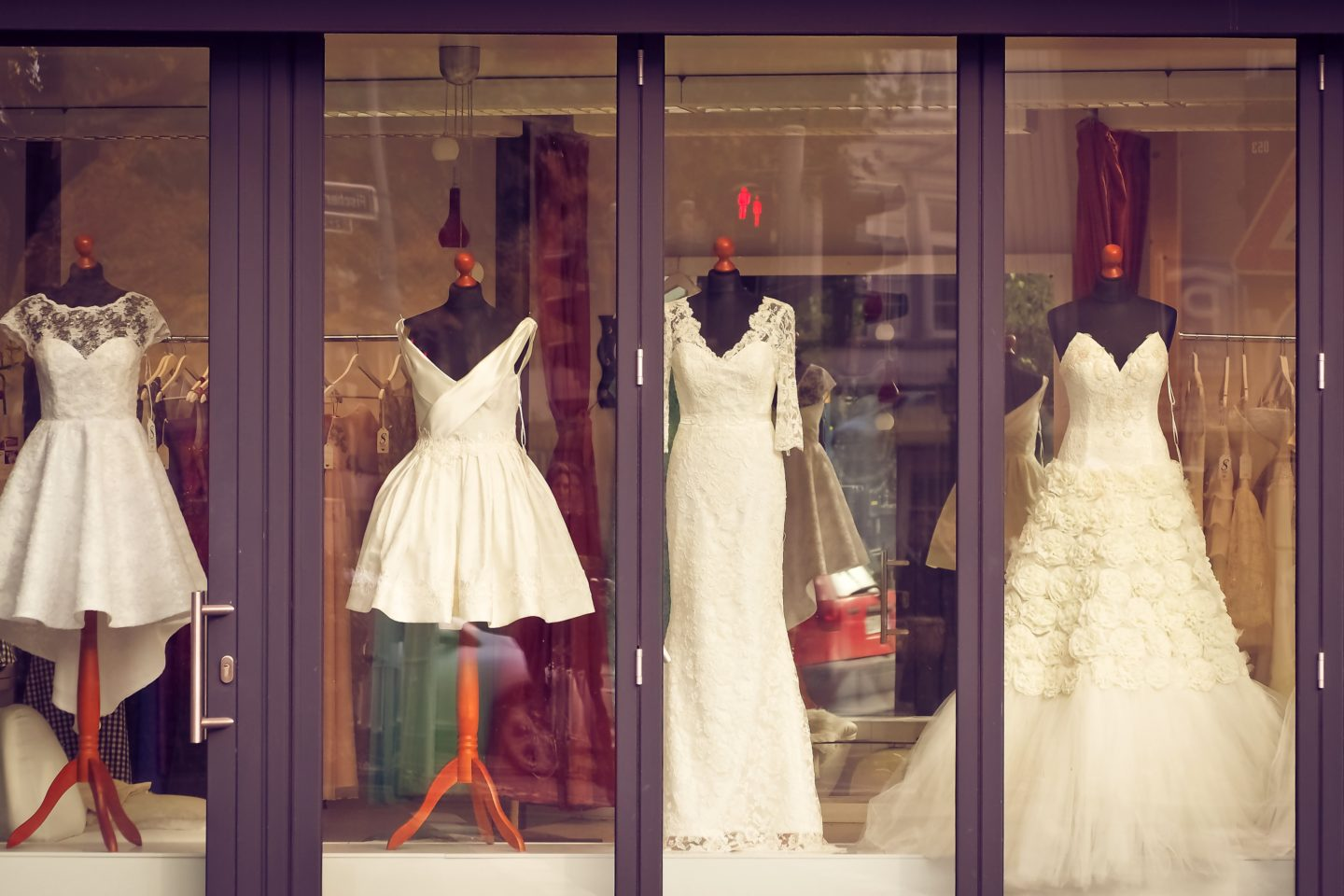 7 things you MUST know before wedding dress shopping