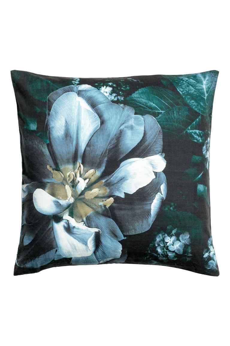 HM Flower Cushion