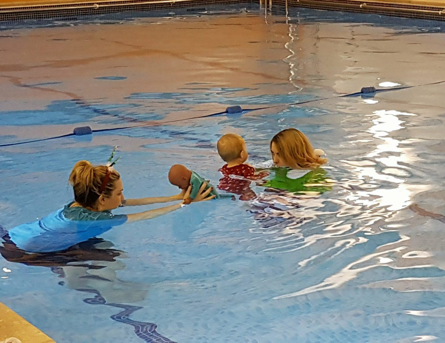 Medway Kent baby swimming lessons Puddle Ducks