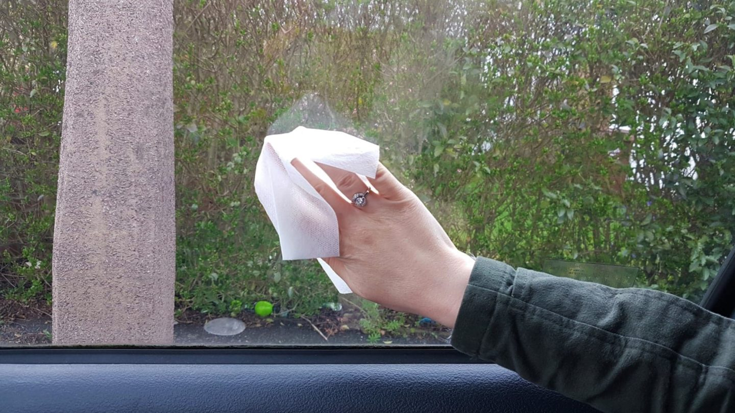 Armorall car glass cleaning wipes