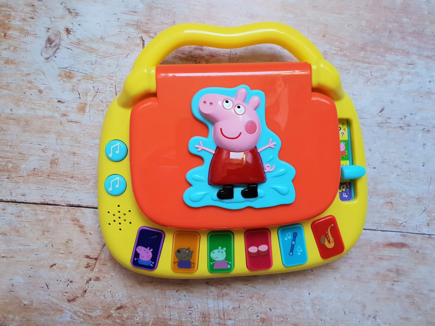 Top view of Peppa Pig Laugh & Learn Laptop
