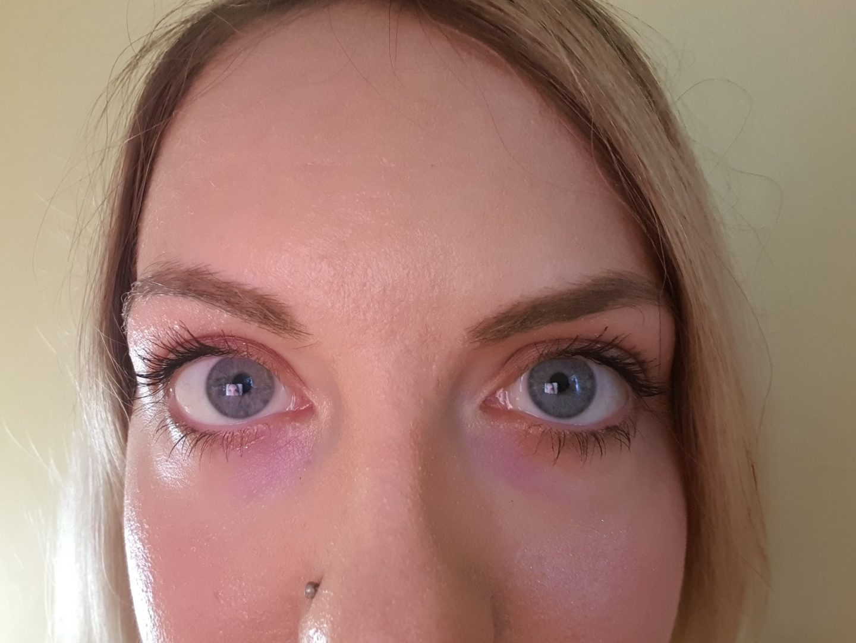 Before Esqido false eyelashes