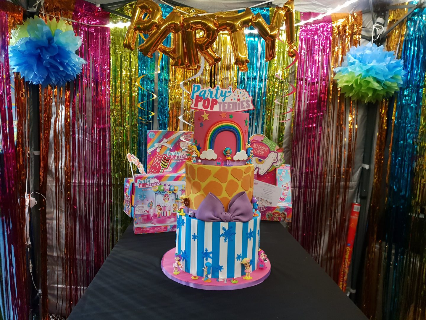 Party Pop Teenies cake at BlogOn Toys