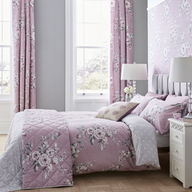Catherine Lansfield Canterbury Heather lilac bedspread