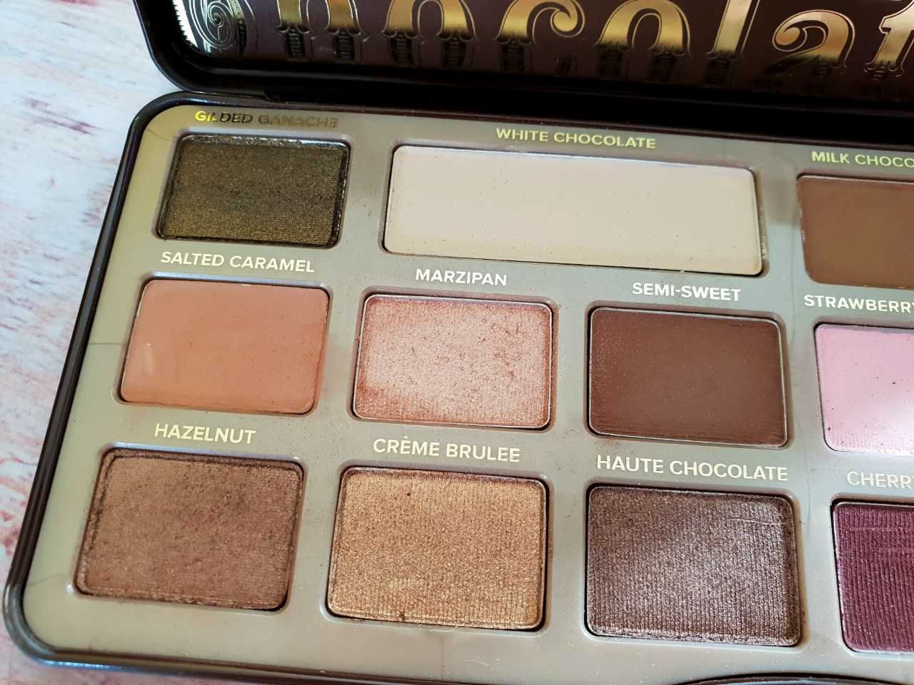 Light brown shades on Too Faced Chocolate Bar Eyeshadow Palette