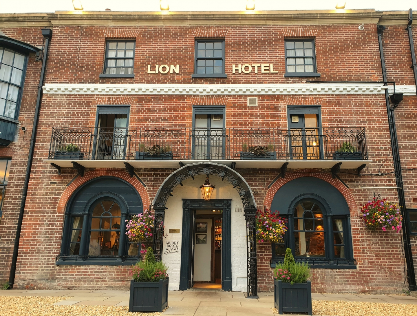 The Lion Hotel, Farningham, August 2019