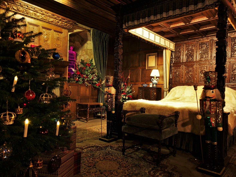 Henry VIII's festive bedchambers at Hever Castle
