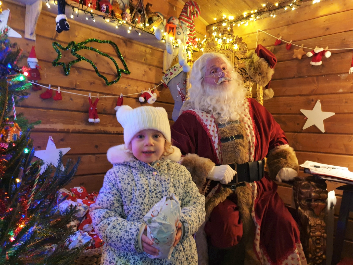 Toddler meeting Father Christmas at Hever Castle