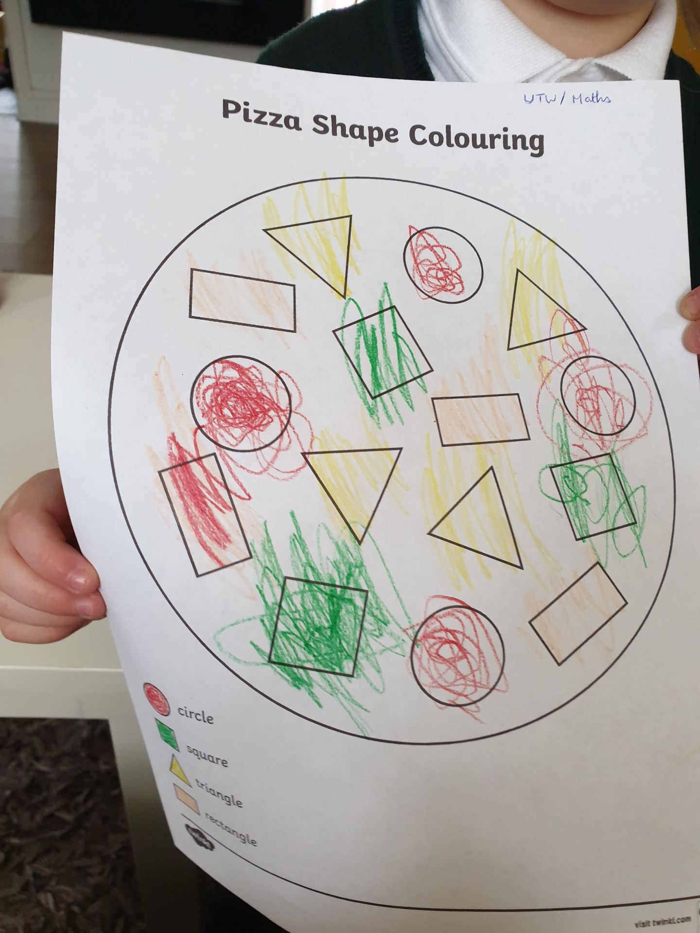 Pizza shape colouring worksheet