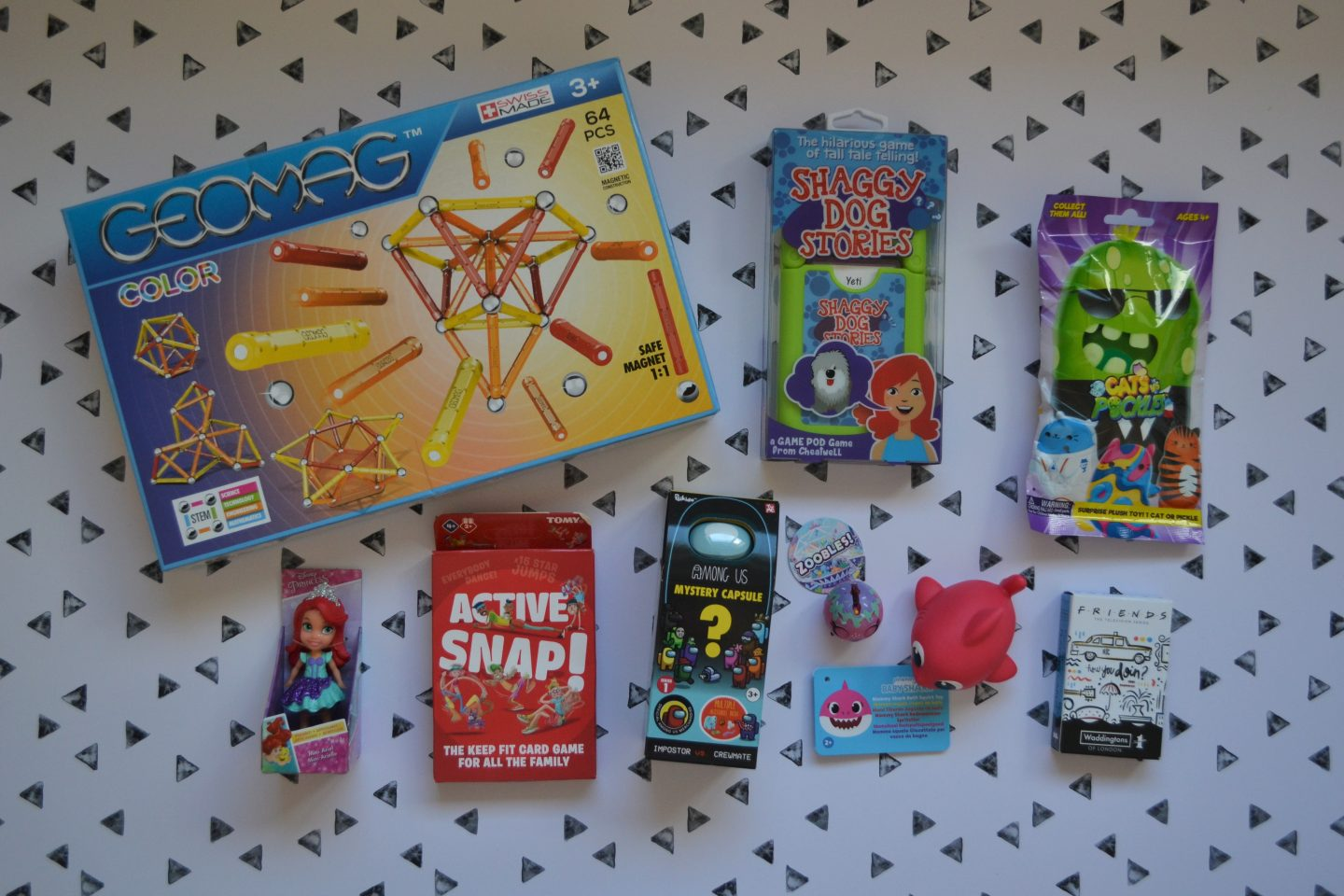 Games and toys in BlogOn 2021 goody bag